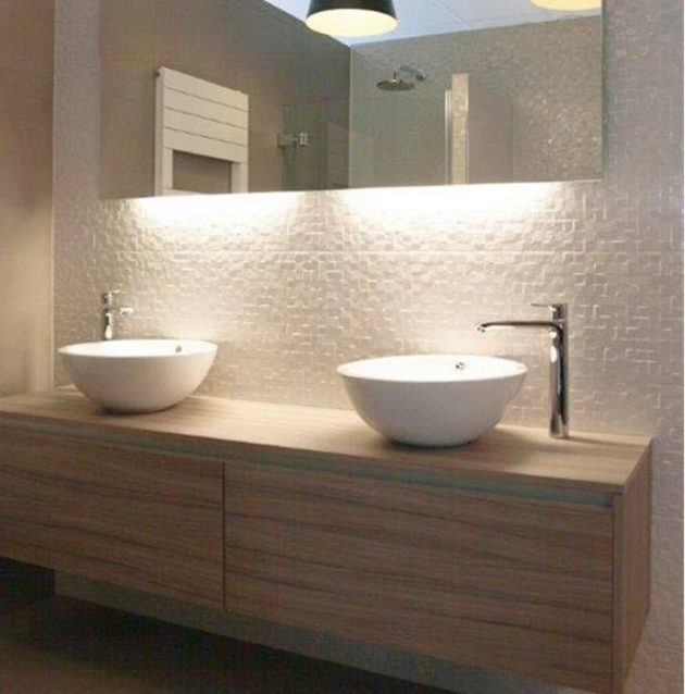 18 Modern Options For Quality Bathroom Lighting