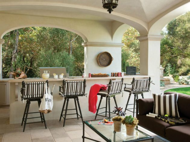 17 Irresistible Ideas For Designing Outdoor Bar