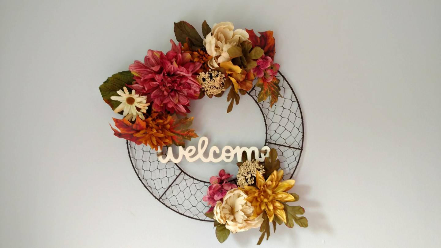 15 Homely Handmade Fall Wreath Designs For The Coming Season