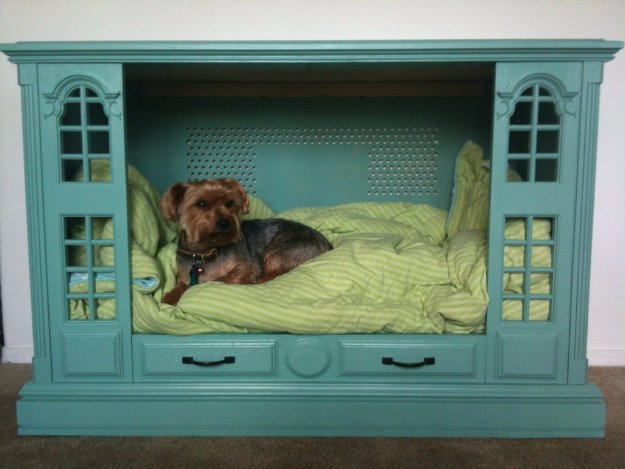15 Ingenious DIY Dog Bed Designs That You Can Craft For Your Beloved Furball