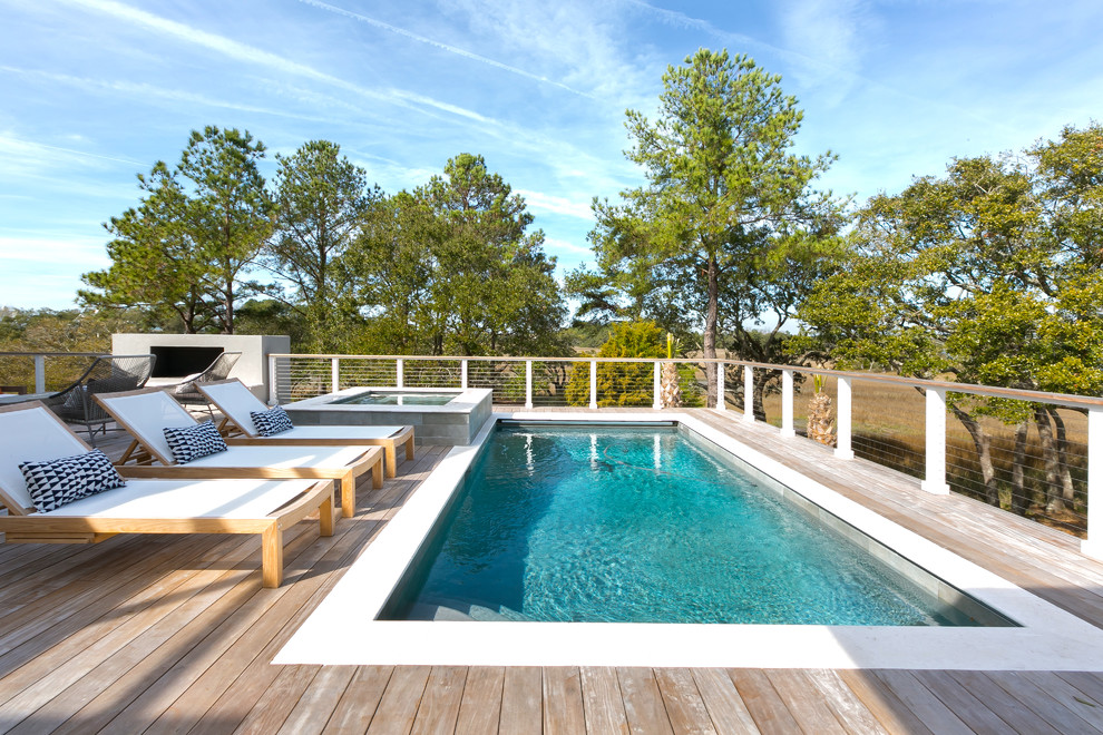 15 Spectacular Private Swimming Pool Designs With A Hot Tub