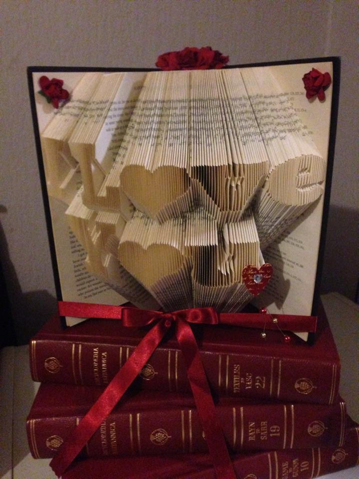 16 Absolutely Amazing Handmade Folded Book Gifts You Should Make