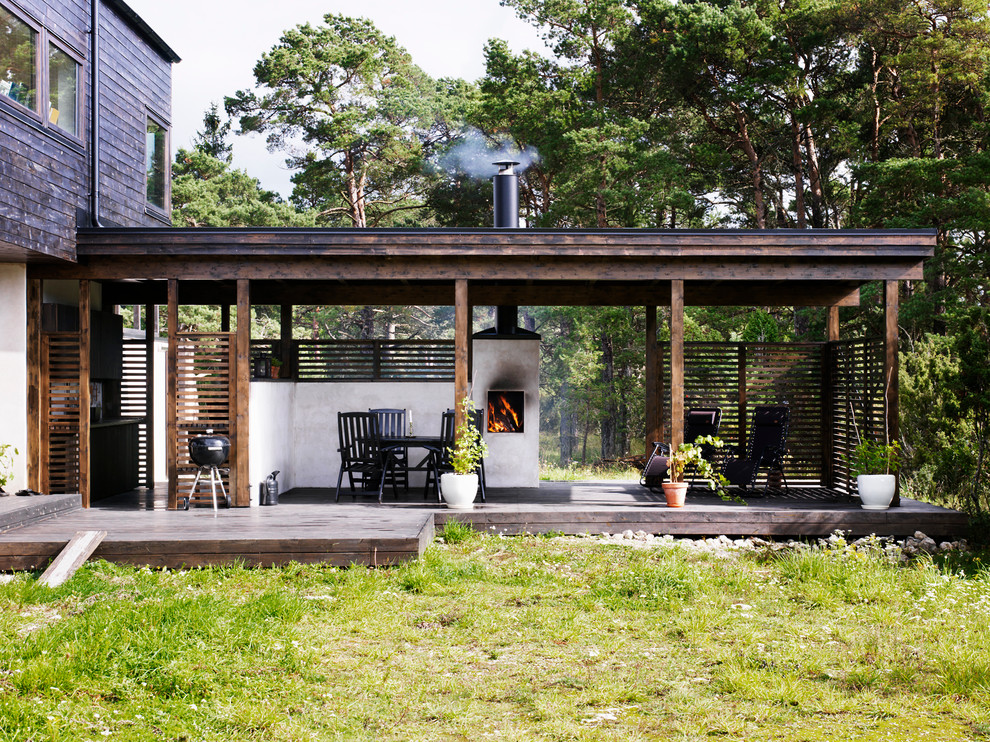 17 Simple Yet Beautiful Scandinavian Deck Designs For Your Backyard