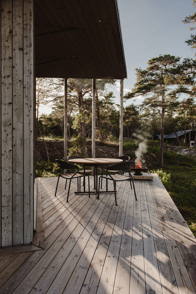 17 Simple Yet Beautiful Scandinavian Deck Designs For Your ... on Simple Back Deck Ideas id=77683