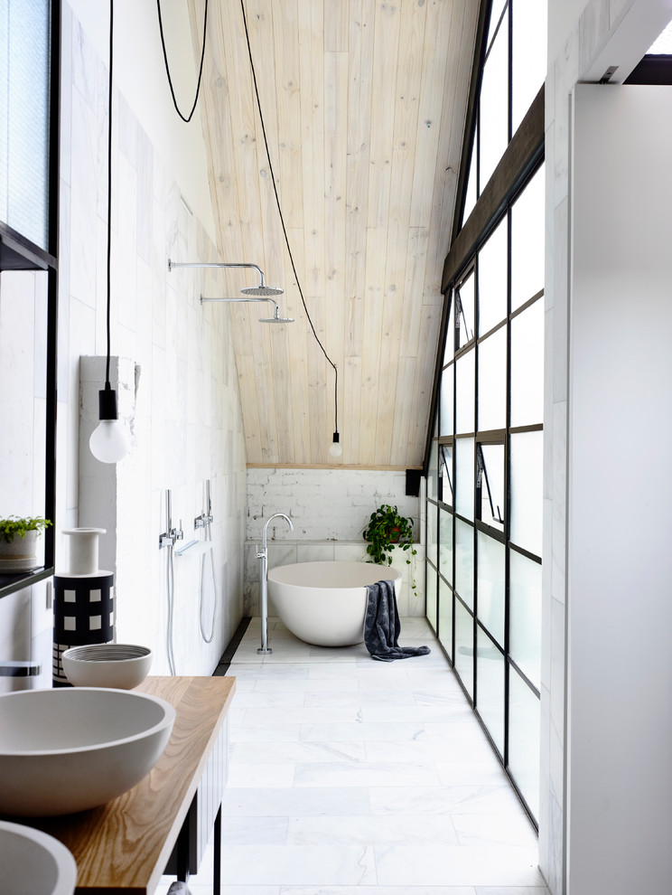 17 stunning industrial bathroom designs you 39 ll love for Industrial bathroom ideas