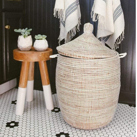 15 Budget Friendly Ideas To Stylize Your Bathroom Easily