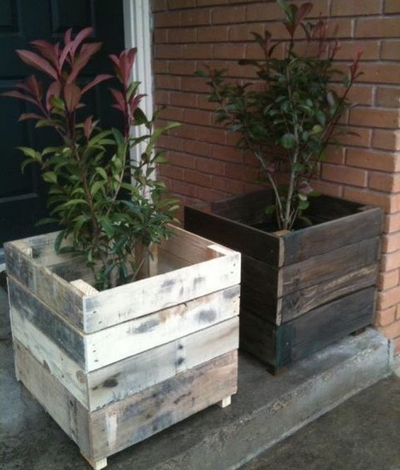 22 Spectacular DIY Outdoor Pallet Projects That Everyone Can Make
