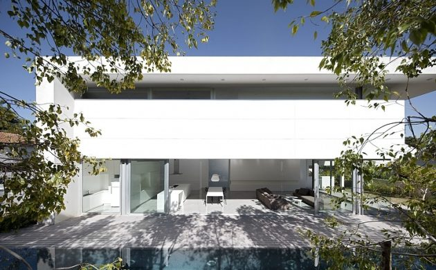 Afeka House - A Collaboration Between Axelrod Architects and Pitsou Kedem Architects in Tel Aviv