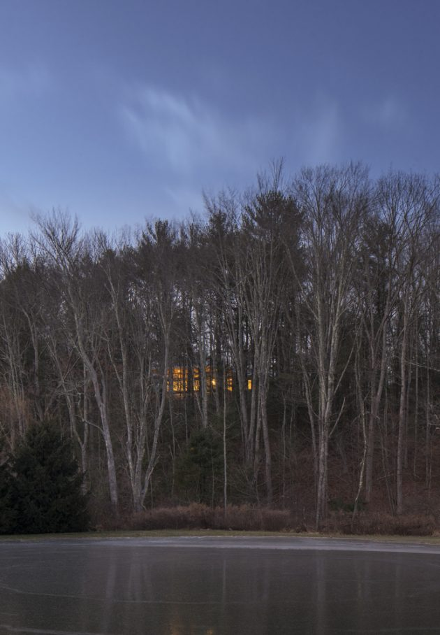 Lantern Ridge House by Studio MM in Kerhonkson, New York