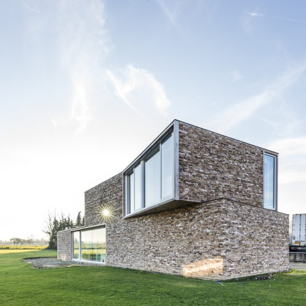 The Screen by DMOA Architects in Bierbeek, Belgium