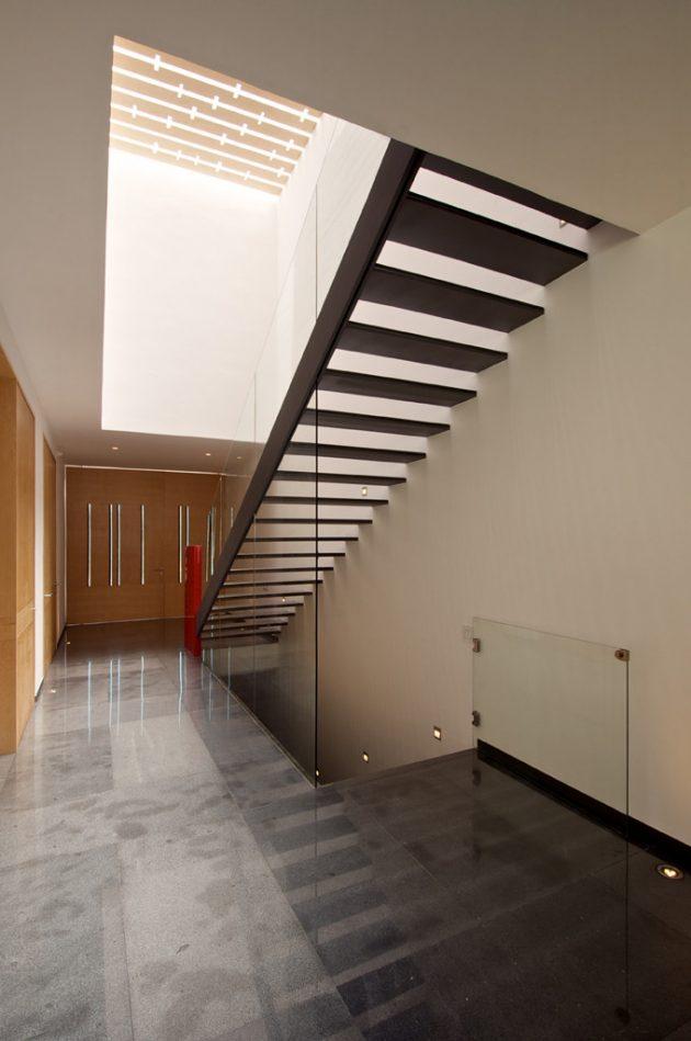 V House by Agraz Arquitectos in Zapopan, Mexico
