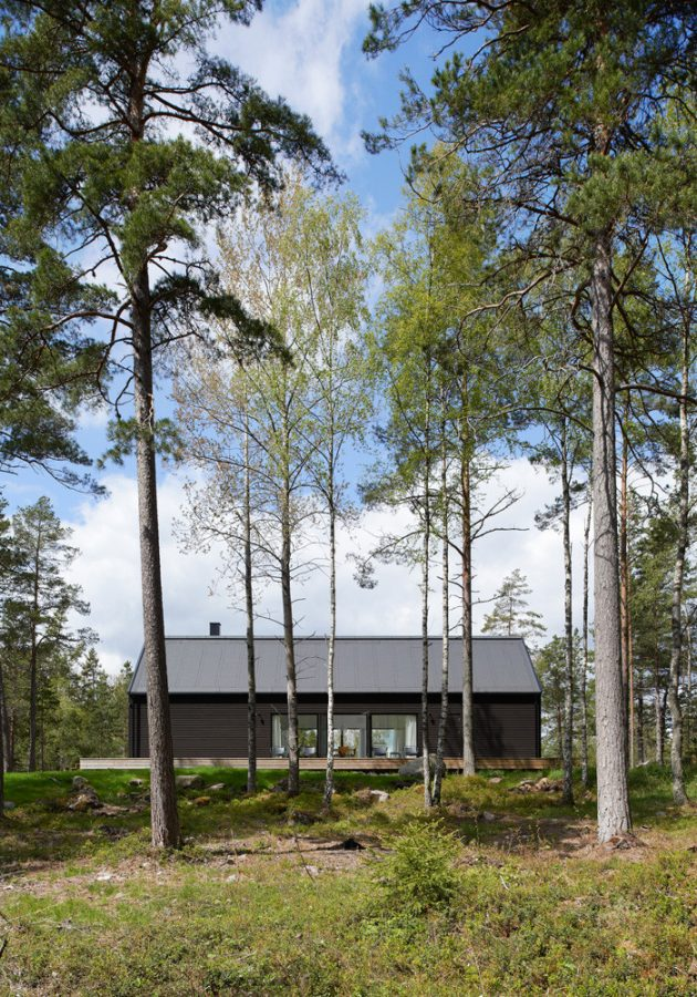 Villa Wallin by Erik Andersson Architects On The Island of Yxlan in Sweden