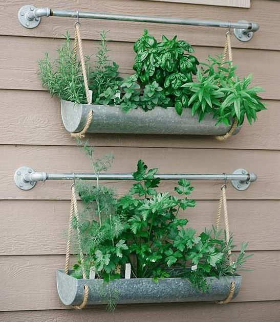 14 Practical Ideas For Creating Functional Balcony Herb Garden