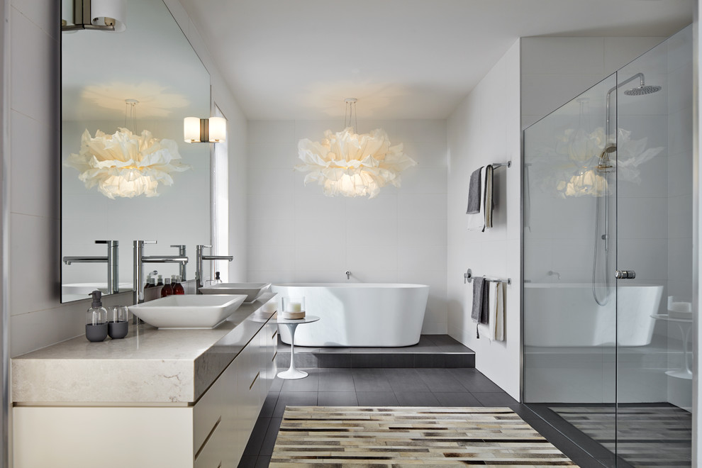 20 Great Mediterranean Bathroom Designs That Will Captivate You With Their Elegance