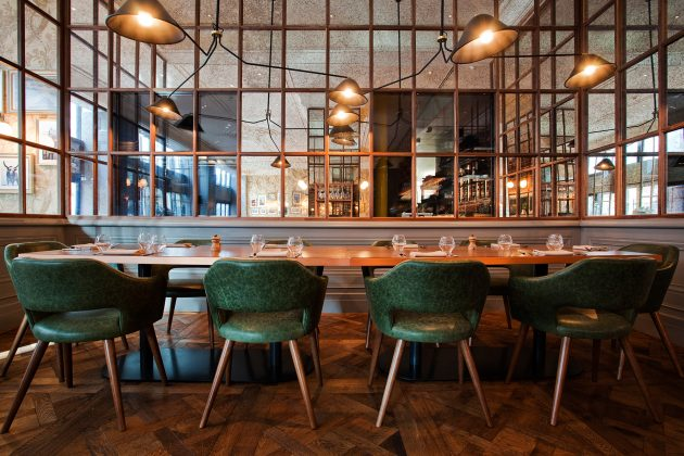 The Essential Factors to Consider when Selecting Your Restaurant Chairs