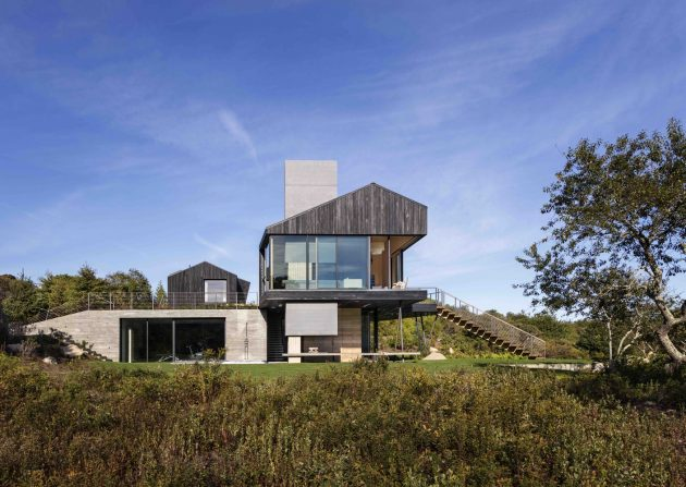 Chilmark House by Gray Organschi Architecture + Aaron Schiller in Massachusetts