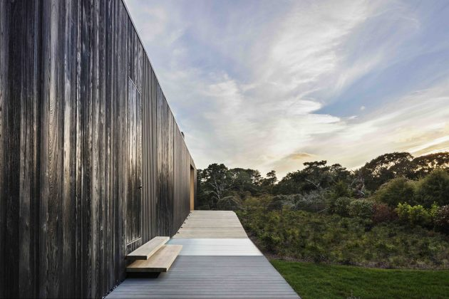 Chilmark House by Gray Organschi Architecture + Aaron Schiller in Massachusetts