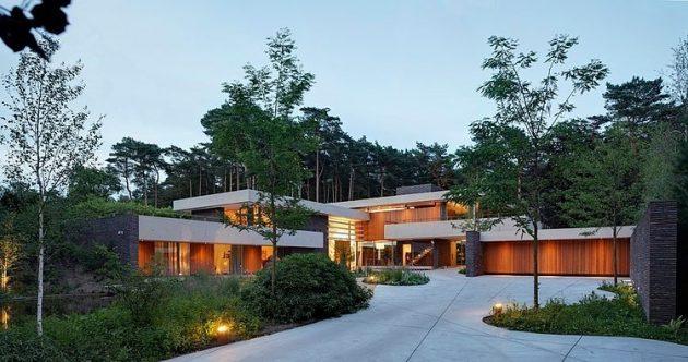 Dune Villa by Hilberink Bosch Architecten in Utrecht, The Netherlands