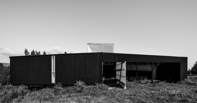 House on the Top by Mutar Estudio in Curanipe, Chile