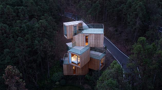 Qiyun Mountain Tree House Hotel by Bengo Studio in Xiuing, China
