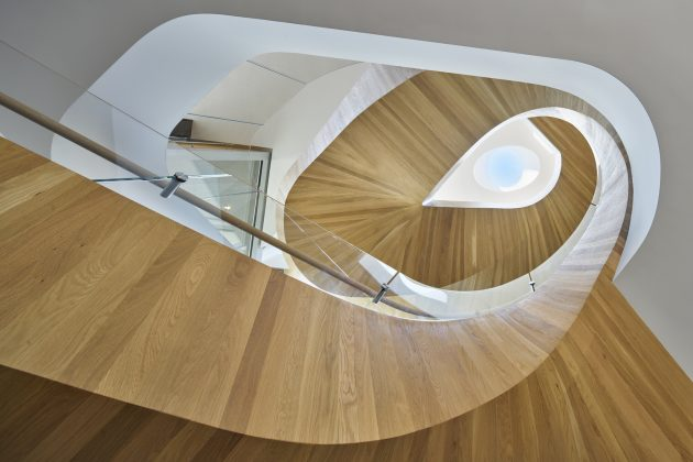 Tree Top Residence by Belzberg Architects in Los Angeles, California