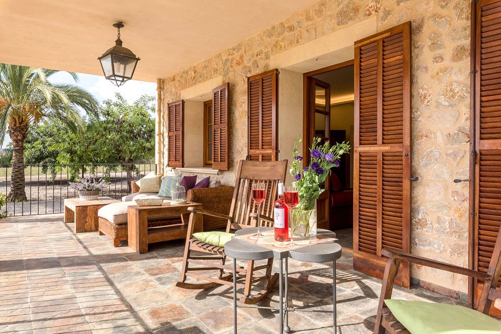 15 Beautiful Mediterranean Porch Designs That Will Drag You Outside