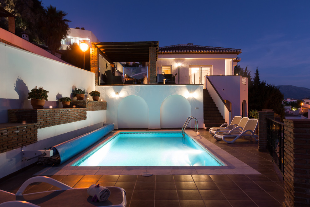15 Imposing Mediterranean Swimming Pool Designs That Are Nothing Short Of Spectacular