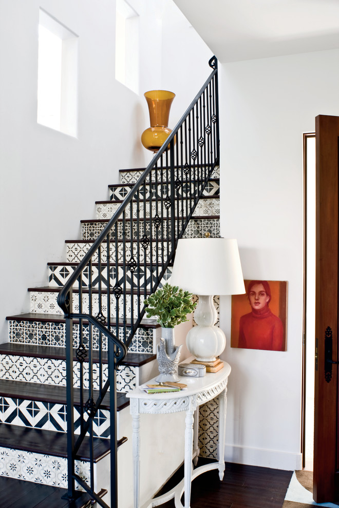 16 Tremendous Mediterranean Staircase Designs That Will Make Your Jaw Drop