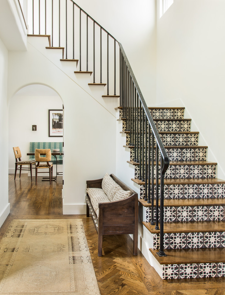 16 Tremendous Mediterranean Staircase Designs That Will