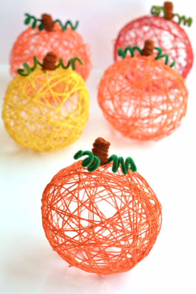 18 Charming DIY Projects You Can Easily Use As Fall Decorations For Your Home