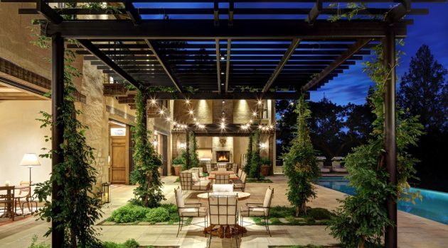 20 Sensational Mediterranean Patio Designs You'll Fall In Love With