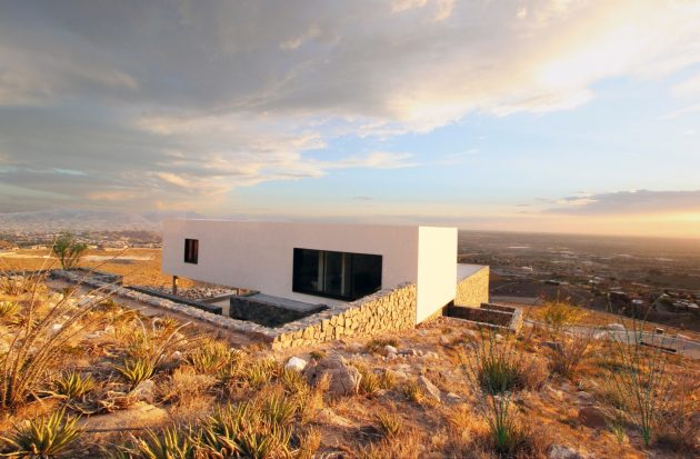 Franklin Mountain House by Hazelbaker Rush in El Paso
