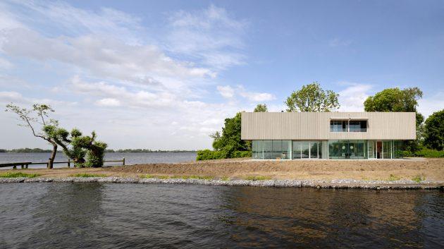 Villa Roling by Paul de Ruiter in Kudelstaart, The Netherlands