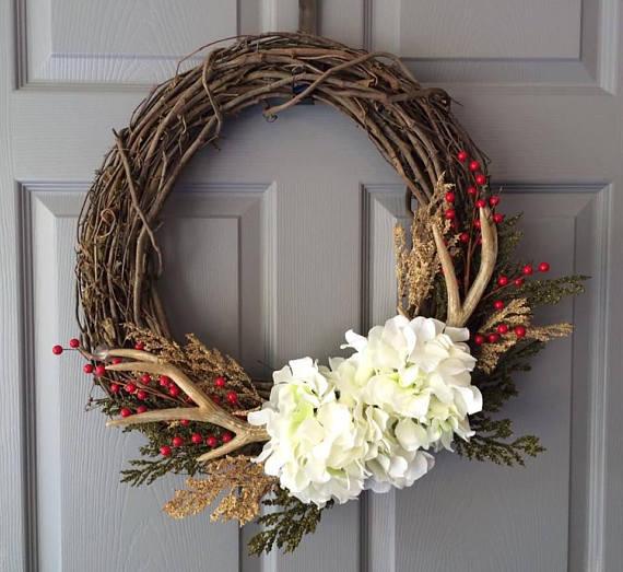 15 Fantastic Handmade Winter Wreath Designs For