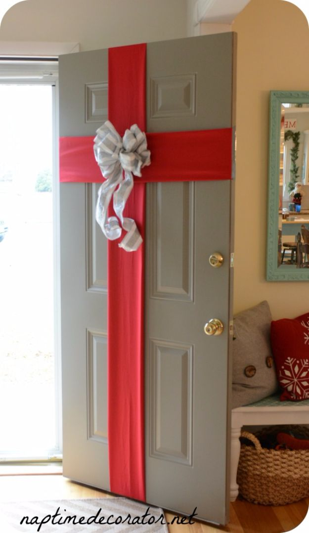 16 Awesome Yet Utterly Inexpensive DIY Christmas Decor Ideas