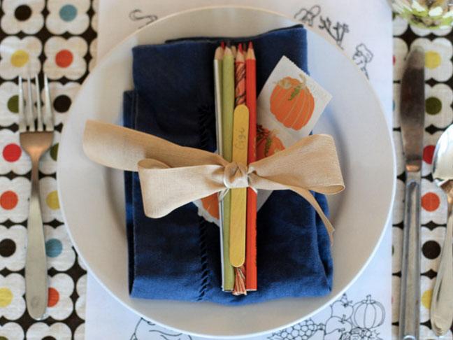 16 Joyful Thanksgiving Decor Ideas For The Kids' Table