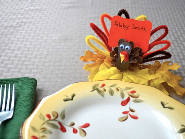 16 Joyful Thanksgiving Decor Ideas For The Kids Table