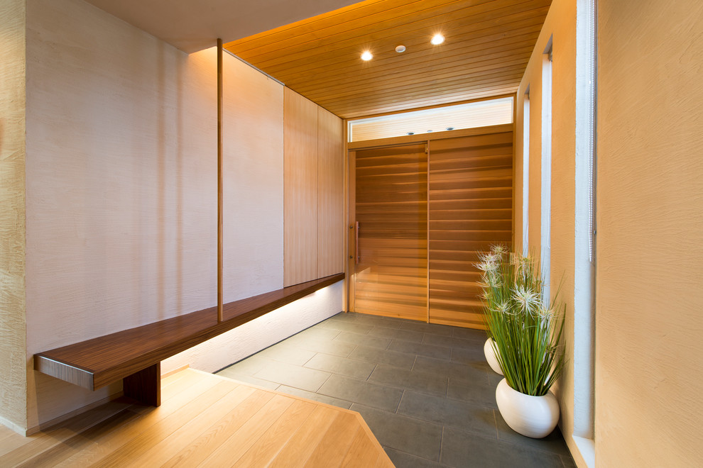 Japanese Foyer Design : Subtle asian entrance designs that will invite you inside