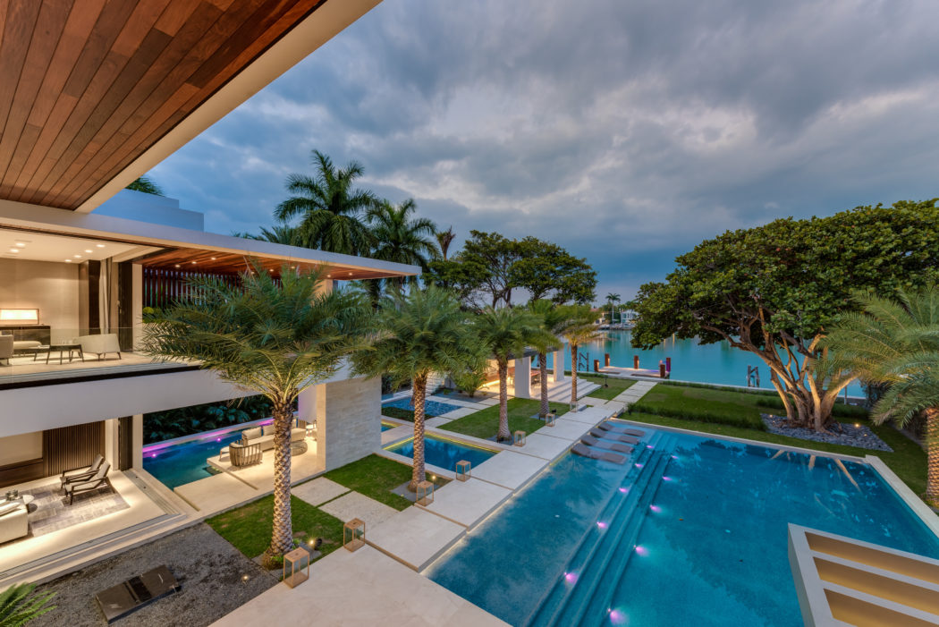 Palm Island Residence by Choeff Levy Fischman in Miami ...