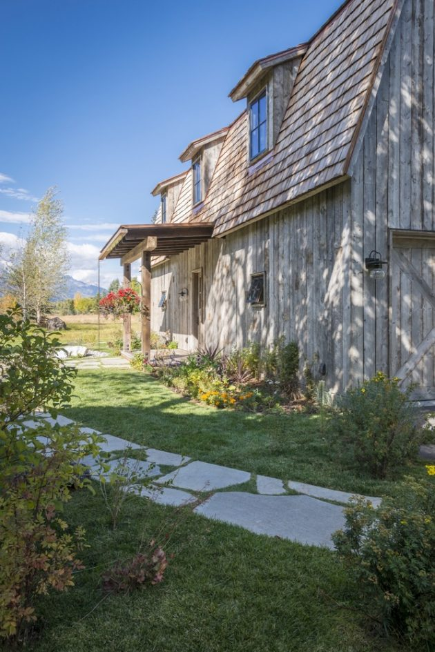 The Barn By Carney Logan Burke Architects In Wilson Wyoming
