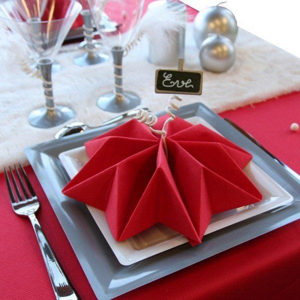 17 Captivating DIY Napkin Decorations To Beautify Your