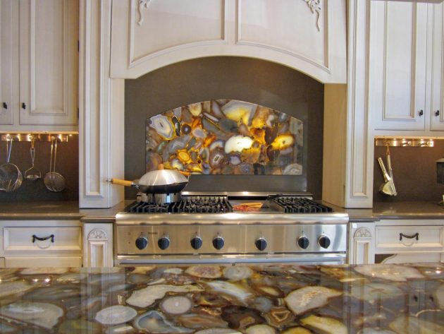 15 Outstanding Kitchen Mosaic Backsplash Ideas That Are Worth Seeing