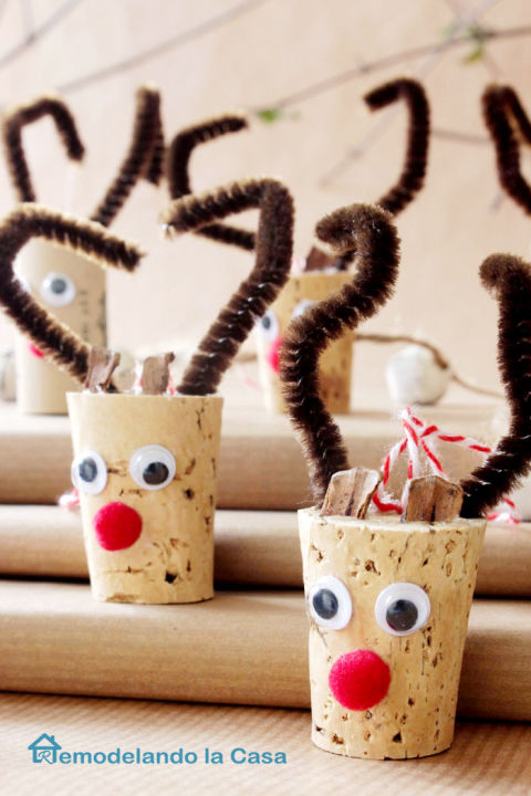 16 Charming DIY Christmas Ornaments You'll Fall In Love With