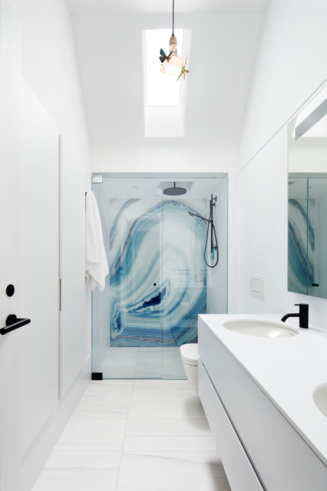 18 Sleek Modern Bathroom Designs Youll Fall In Love With