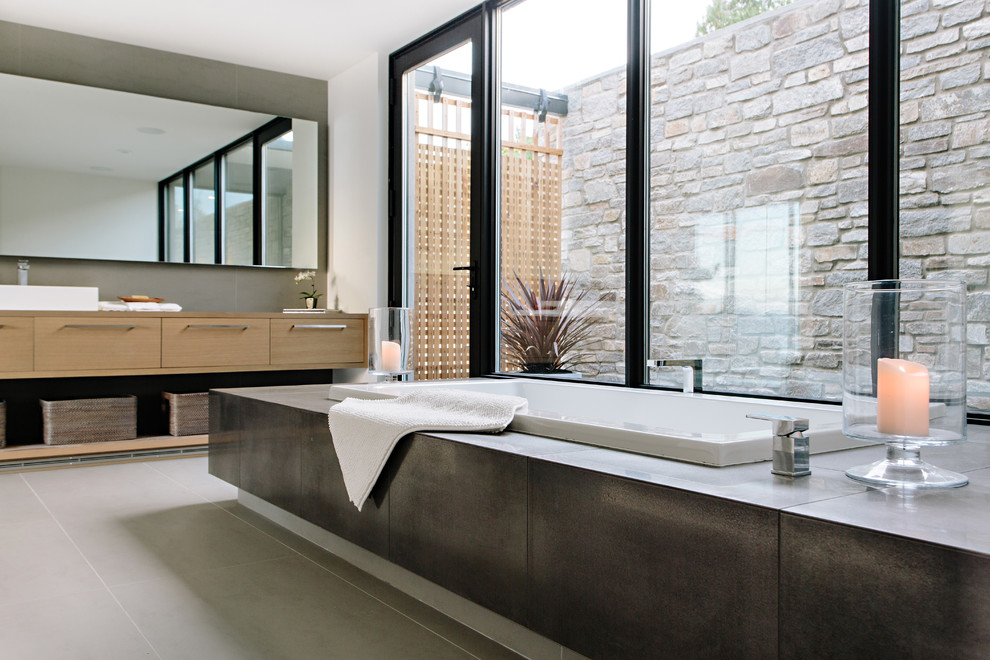 18 Sleek Modern Bathroom Designs You Ll Fall In Love With