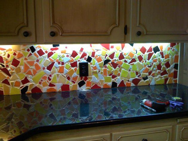 15 Outstanding Kitchen Mosaic Backsplash Ideas That Are