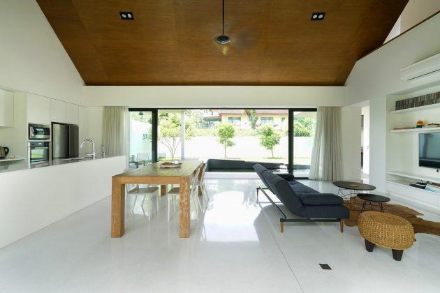 Knikno House by Architect Fabian Tan in Petaling Jaya, Malaysia
