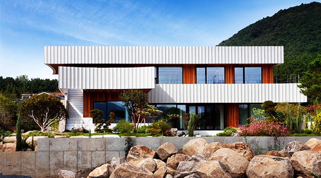 W House by ODE Architects in Gyeongju, South Korea