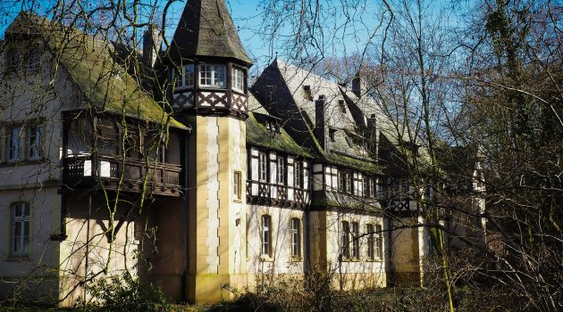 5 Practical Tips To Look After Your Listed Building