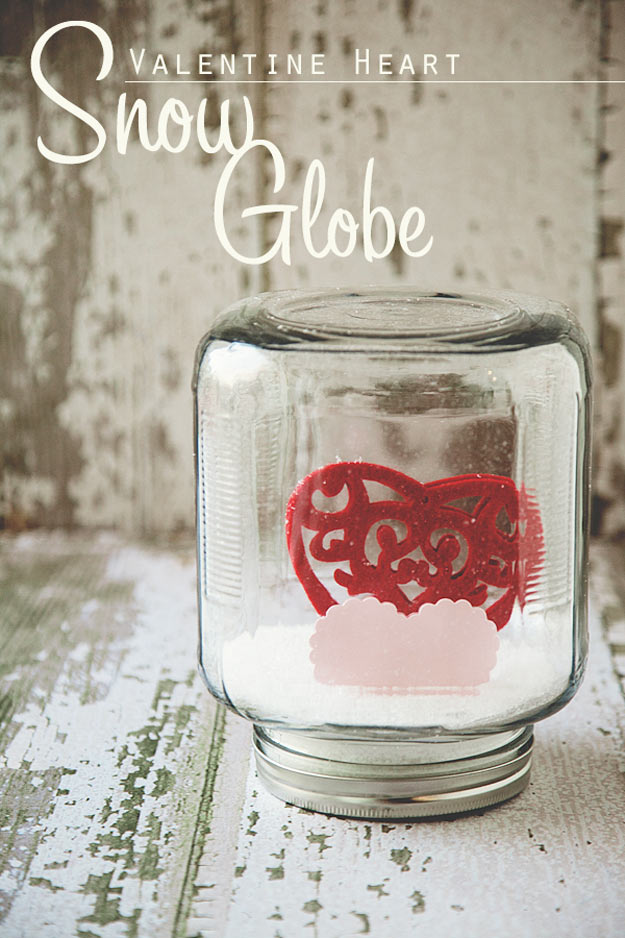 15 charming diy mason jar gifts for valentines day 15 charming diy mason jar gifts for valentines day solutioingenieria Gallery